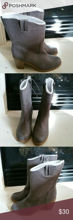 Old Navy cowboy boots Med high PU leather, Never worn. Shoes Heeled Boots