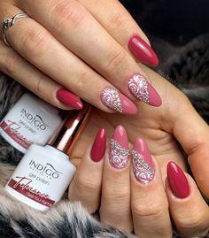 #glam #glamour #glamnails #nails #nailart #fashion #luxury #luxurynails #indigonails Indigo Nails, Rose Nails, Luxury Nails, Glam Nails, Nailart, Passion, Glamour, Fashion Styles, The Shining