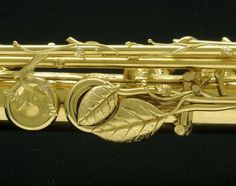 Gorgeous Flute with Golden Leaves