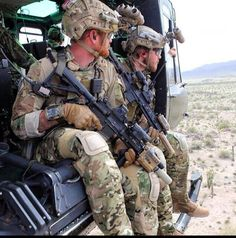 military soldier guns weapons armystrong specialforces sniper marines navyseals usarmy us worldmilitary badass gun soldier usairforce usmc igmilitia combat navy militarylife militarymuscle seals forces armylife Special Forces Gear, Military Special Forces, Military Gear, Military Police, Military Soldier, Military Jackets, Military Spouse, Military Fashion, Military Aircraft