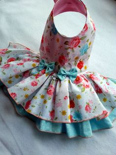 Description Practical and fashionable excellent quality made with attention to detail.  Flowers girl dress , velcro closure. Please note this