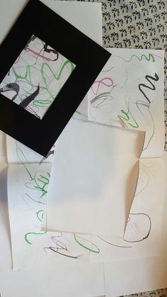 De leerlingen vormen groepjes. Ieder groepslid krijgt een penseel met 1 bepaalde kleur (bv. 1 leerling groen, 1 leerling roze, 1 leerling blauw, enz.). Terwijl de muziek speelt schilderen de kinderen met hun ogen gesloten. Op bepaalde momenten wordt de tekening doorgegeven aan het volgende groepslid totdat het terugkomt bij de eigenaar. Deze gaat vervolgens op zoek naar bepaalde figuren die te zien zijn in het kunstwerk. Dat wordt ingekleurd en uitgeknipt.