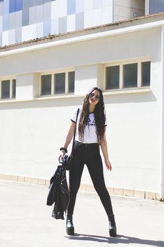 #Moda #Blogger #Sevilla #Fashion #AlasdeangelBlog #Platform #Boots #HelloKitty #Dresslink #IrresistibleMe #Look