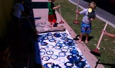 Plunger painting!!! i wonder if there is a washable way to do this and turn kids loose on driveways