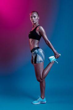 New Fitness Model Poses Photo Shoots 55 Ideas Neon Nikes, Nike Neon, Photos Fitness, Gym Photos, Fitness Models, Fitness Women, Fitness 24, Fitness Couples, Fitness Motivation