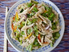 How to make yum tien gai - Lao chicken feet salad recipe - Padaek Laos Food, Chicken Skin, Chinese Cabbage, Natural Flavors, Salad Dressing, How To Cook Chicken, Salad Recipes, Spicy, Ethnic Recipes