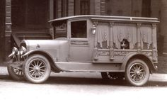 Most likely a Lincoln Hearse, 1920's