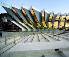 john curtin school of medical research by lyons