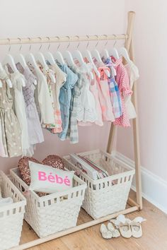 Touring Monika Hibbs 'Oh-So Sweet Blush Pink Kindergarten - ideen fur babyzimmer - Baby Diy Baby Nursery Closet, Baby Nursery Diy, Baby Bedroom, Girl Nursery, Girl Room, Diy Baby, Floral Nursery, Nursery Ideas, Baby Closets