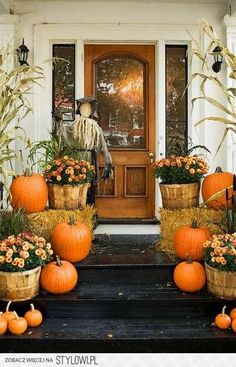 LOVE fall décor.