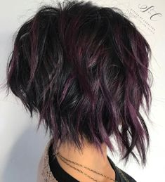 60 Short Shag Hairstyles That You Simply Can't Miss Black Shaggy Bob With Purple Balayage Short Choppy Haircuts, Short Shag Hairstyles, Hairstyles 2018, Short Shaggy Bob, Black Hairstyles, Choppy Short Hair Cuts, Haircut Short, Textured Hairstyles, Choppy Layers