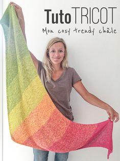 Knit Tut: my cozy trendy shawl - Loom Knitting, Knitting Patterns Free, Free Knitting, Crochet Patterns, Crochet Poncho, Knitted Shawls, Knitting Accessories, Drops Design, Shawls And Wraps