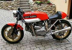 Ducati 900 Egli
