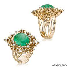 Gold, emerald and diamond ring (Almaz/ azazel.pro)