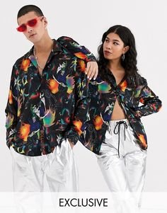 Buy COLLUSION Unisex manga print shirt at ASOS. With free delivery and return options (Ts&Cs apply), online shopping has never been so easy. Get the latest trends with ASOS now. Fashion Poses, Fashion Shoot, Fashion Outfits, Tomboy Outfits, Casual Outfits, Cute Outfits, Denim Joggers Outfit, Clothing Labels, Unisex Fashion