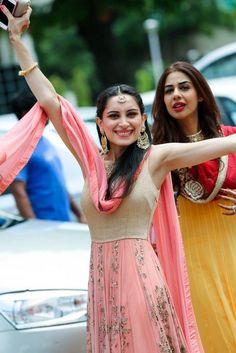 Indian Wedding Website : Wed Me Good Bridal Lehenga, Lehenga Saree, Anarkali, Sari, Pakistani Dresses, Indian Dresses, Indian Outfits, Indian Attire, Indian Ethnic Wear