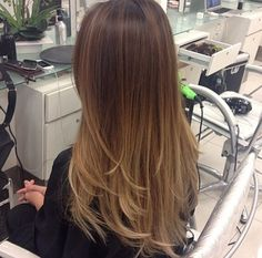 33 trendy ombre hair color ideas of 2019 - Hairstyles Trends Brown Ombre Hair, Ombre Hair Color, Hair Colors, Hair Color And Cut, Pinterest Hair, Hair Highlights, Balayage Hair, Gorgeous Hair, Hair Trends
