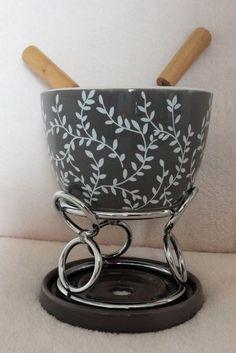 2 Fondue-Sets Metall-Keramik
