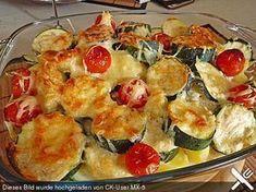 Zucchini-Kartoffel-Auflauf mit Knoblauch, ein beliebtes Rezept aus der Kategorie Schnell und einfach. Bewertungen: 75. Durchschnitt: Ø 4,2.