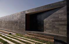 binimelis-barahona house - colina, chile - polidura talhouk - 2007 - photo aryeh kornfeld
