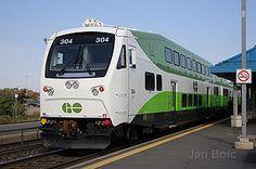Bombardier GO Transit Bi Level cab railcar. Go Transit, Canadian National Railway, Transportation Technology, Railroad Pictures, Electric Train, Train Journey, Diesel Locomotive, Bahn, Train Station