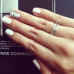 Uñas blancas, white nail, unhas brancas