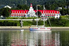 Canadian Pacific Railway, Canada, Guide, Dream Vacations, Montreal, Wilderness, Statue Of Liberty, Travel Tips, Places To Visit