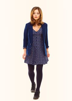 clara oswald, doctor who, jenna coleman, blue, whoniverse Doctor Who Clara, Doctor Who Tv, Clara Oswald Clothes, Clara Oswald Outfits, Jenna Coleman, Couture, Her Style, Style Icons, Vintage Fashion