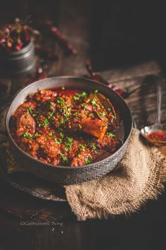 Lamb Recipes, Curry Recipes, Meat Recipes, Indian Food Recipes, Mutton Curry Recipe, Rajasthani Food, Goat Meat, Lamb Curry, Gluten Free Rice