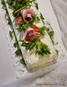 Kääpiölinnan köökissä: Gluteeniton kinkkurullakakku