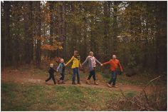 Lindsay Sage Photography, family photography, natural posing, family posing, natural light, fall photography, ohio photography, wadsworth ohio