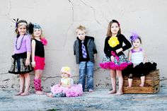 FB Search: Scott Powell Photography  I love this picture with he girls in the pettiskirts. I can't wait to take my daughters 1st birthday pictures in her pettiskirt