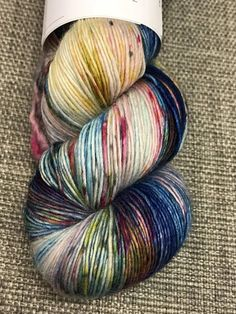 Listing is for one skein. Multiple skeins pictured to show color variation. Weight Fingering (14 wpi) ? Wraps per inch Yardage 440 yards(402 meters) Unit weight 113 grams (3.99 ounces) Gauge 7.0 to 8.0 sts = 1 inch Needle size US 1 - 2 or 2.25 - 2.75mm Fibers 100% Wool -