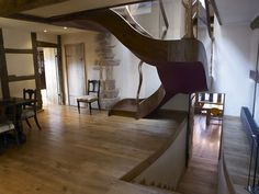 Historic Farmhouse Restauration in England: Harmony of Old and New - http://freshome.com/2010/10/16/historic-farmhouse-restauration-in-england-harmony-of-old-and-new/