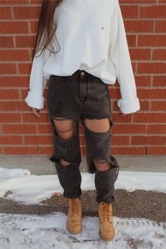 Fashionista fall outfits, outfits for teens, college outfits, trendy outfits, school outfits Casual Outfits For Teens, Trendy Outfits, Fall Outfits, Summer Outfits, Holiday Outfits, 30 Outfits, Ladies Outfits, Casual Attire, Casual Boots
