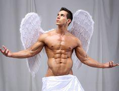 Mexican fitness model / bodybuilder Alan Valdez