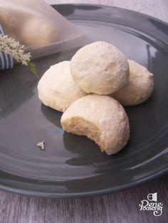 Russian Tea Cakes... sweet and tasty... aka Snowball... aka Putri Salju