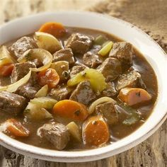 Slow Cooker Beef Stew-This recipe is packed with vegetables and seasoned just right. It's a healthy low calorie, low carbohydrate and Weight Watchers 6 PointsPlus  recipe. Makes 8 Servings.