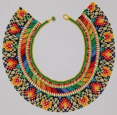Collar Okama Artesanal Embera-chamí Mostacilla Chakira Mujer - $ 99.900 en Mercado Libre Bead Loom Patterns, Jewelry Patterns, Diy Fabric Jewellery, Beaded Collar, Loom Beading, Collars, Crochet Earrings, Beaded Necklaces, Beads