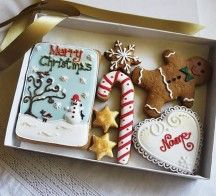 Cute Whimsical Christmas Cookies Gift Box - Personalized - With Snowman & Robins Plaque, White Heart, Candy Cane, Gingerbread Man, Gold Stars & Snowflake - 7 Pieces by Cookie-Art London on Gourmly Christmas Plaques, Christmas Cookies Gift, Christmas Gingerbread, Merry Christmas, Send Cookies, Gingerbread Decorations, Gingerbread Cookies, Cookie Gifts, Cookies
