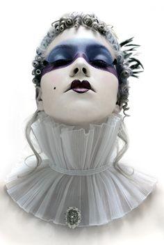 avant garde fashion photography - Pictify - your social art network Halloween Chic, Mode Bizarre, Pierrot Clown, Art Photography, Fashion Photography, Fantasy Make Up, Fantasy Art, Foto Fashion, Theatrical Makeup