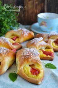 Barbi konyhája: Vaníliás, epres papucsok 🍓 Doughnut, Hamburger, French Toast, Barbie, Bread, Breakfast, Desserts, Food, Morning Coffee