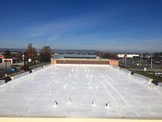 Get more popular roof repair and roof maintenance service company in Seattle WA. The Fields Roof Service is providing new technology based commercial, residential, industrial roofing services entire local metro city of Seattle WA. We have more passionate and highly experience roof cleaning and new roof installation services whole area of Seattle WA.