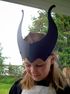 FREE printable template to make Maleficent's horns.  From Kits n Kaboodles