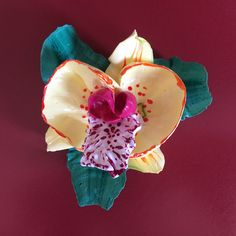 How to make orchid flower from cream