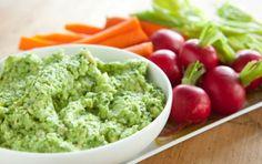 Edamame Guacamole // A perfect #vegan side for Cinco de Mayo! #recipe #summer