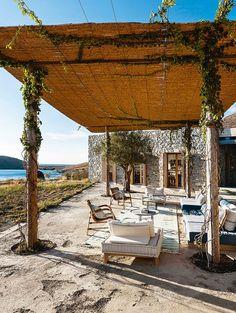 Die Alpen vor der Terrasse, die Ägäis zu Füßen, Südafrikas Steppe vor der Tür: Es gibt Ferienhäuser, die nah an der Perfektion gebaut sind. Wir zeigen die schönsten.
