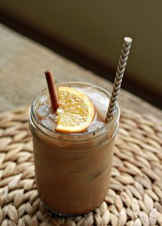 10+Creative+and+Delicious+Iced+Coffee+and+Chai+Drinks+for+Summer