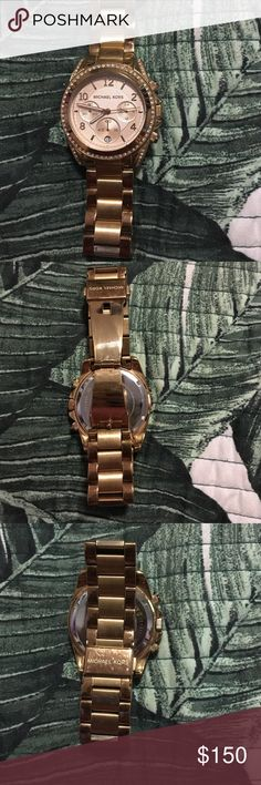 Michael Kors watch Light scratching on the back. Good condition in the front of the watch! Rose gold colored Michael Kors Accessories Watches