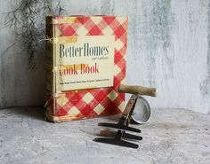 Gift Set Better Homes and Gardens 1946 by SunchowdersVintage, $25.00